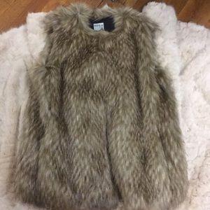 Zara Vest Fur Coat